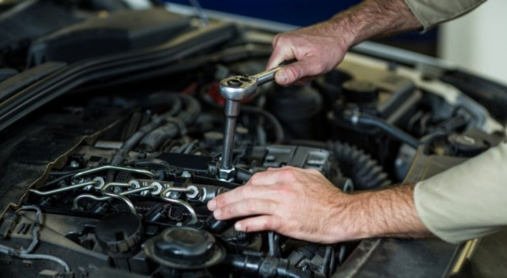 5 Signs That Indicate It's Time Your Car Battery Needs A Service